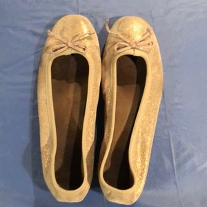 Aerosoles Gold Sparkle Flats.